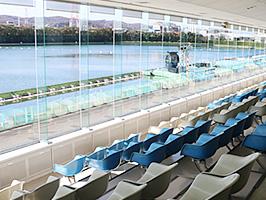 多摩川競艇の観客席